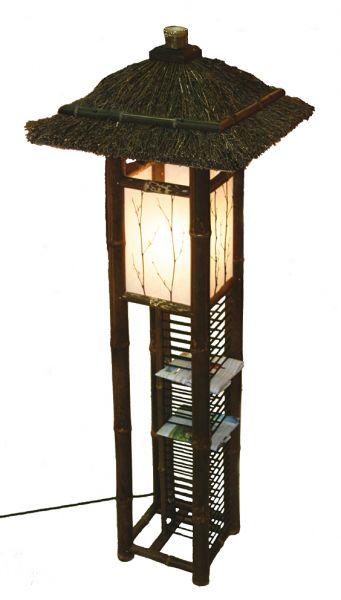 Lampe mit CD-Ständer