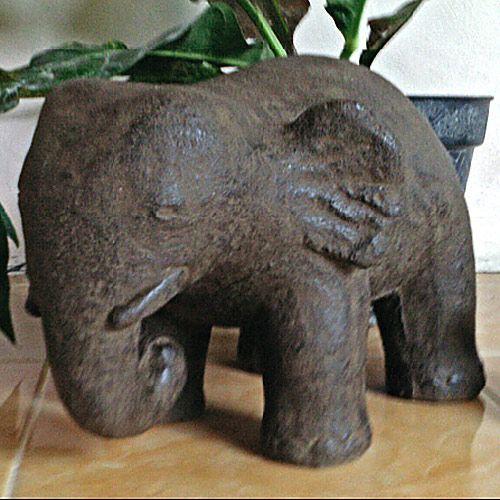 Elefant, Steinguss
