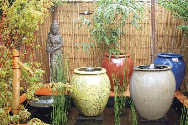 Saigon Vase
