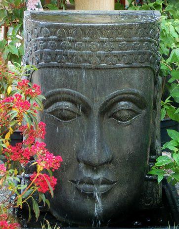 Khmer Kopf Wasserspiel