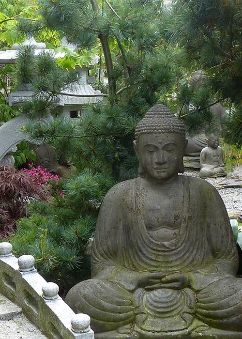 Meisterhaft gearbeitete Buddhafiguren, Besonderheiten und ...