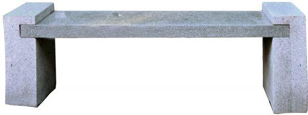 Granitbank, modern, teilweise poliert