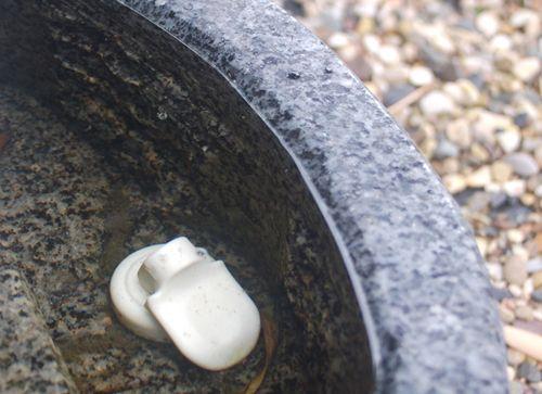 Bohrungen durch Granitbecken